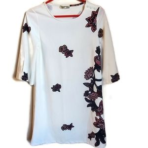 Dex | Floral White Short Dress with 3/4 Sleeve